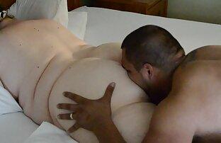 Yukino en uniforme le da una mamada al cartero y se corre en videos caseros de venezolanas teniendo sexo m